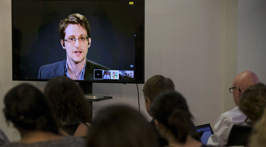 Snowden update: Only foreign media tracking snowballing intelligence damage from leak