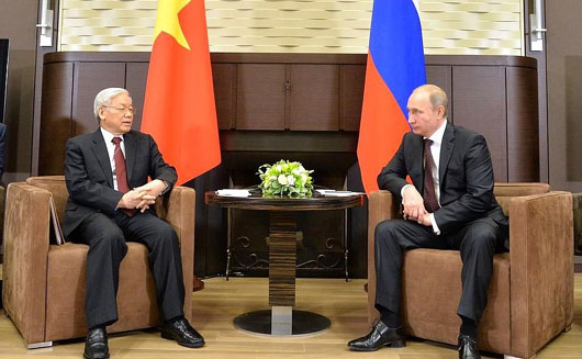 Russia spooks China, beefs up Vietnam's defenses against China