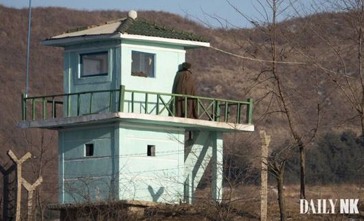 Armed soldier defects to China as tensions build on N. Korean side of border