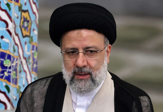 Iran's new president warmly welcomed by Khamenei and no one else