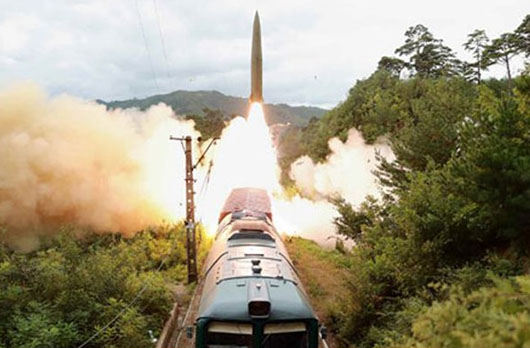 As threat from North Korea grows, U.S. rejects re-deploying tactical nuclear weapons